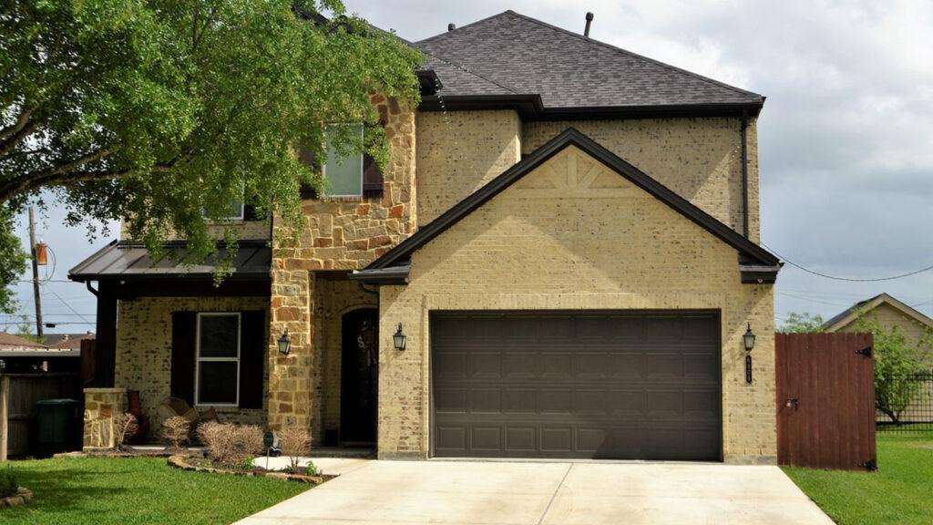 The Dangers of Repairing an Garage Door Yourself